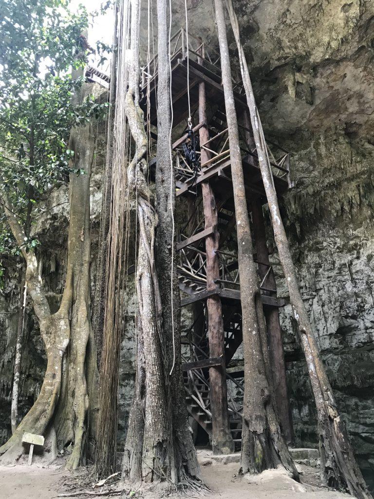Cenote SAC-AUA in Dzalbay