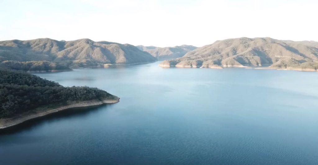 El Comedero lake view
